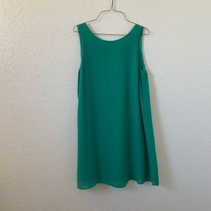 Everly green dress with bow